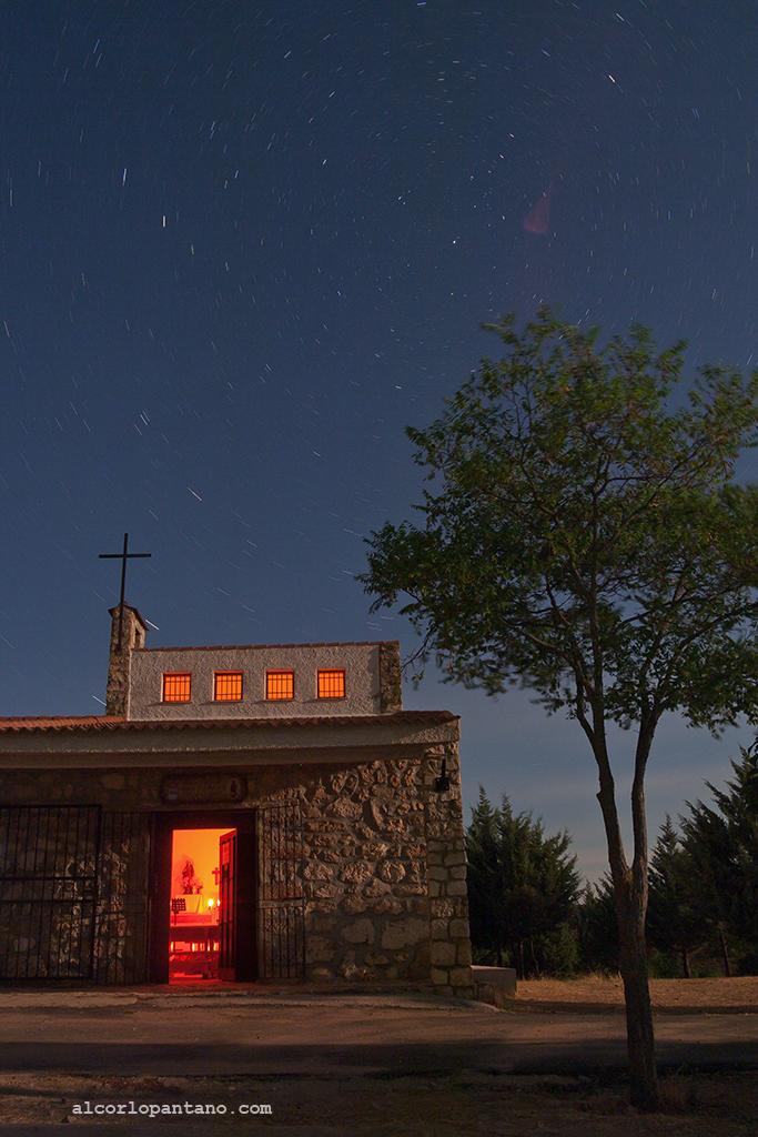 IMG_2174 cerco ermita noche ok flickr