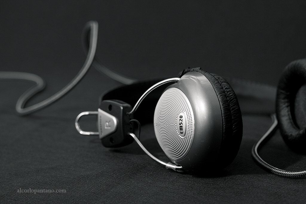 IMG_0005 cerco auriculares ok flickr