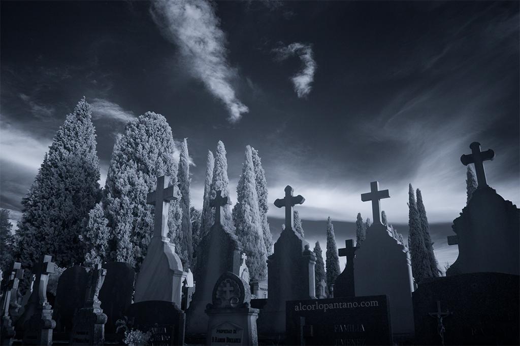 IMG_7810  cerco cementerio noche ok flickr